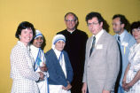 Mother Teresa meets with Marquette guests, 1981
