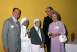 Mother Teresa meets with the Apple Family, 1981