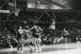 Jim Chones attempts a jumpshot, 1971-1972