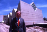 Architect David Kahler stands outside the Haggerty Museum of Art, 1984