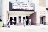 Detail view of the main entrance to the Varsotu Theatre, 1982