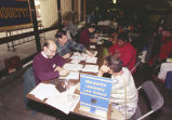 Marquette Law students prepare income tax returns for poor, 1995