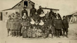 Religous sisters with Native orphans, 1922