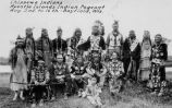 Large group in native dress at Pageant, 1924?